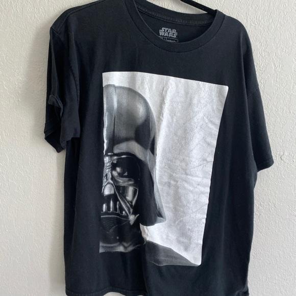 STar wars darth Vader tee xl black white in EUC